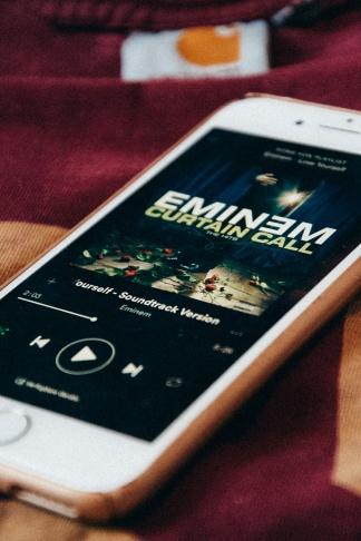 Eminem_Handy1